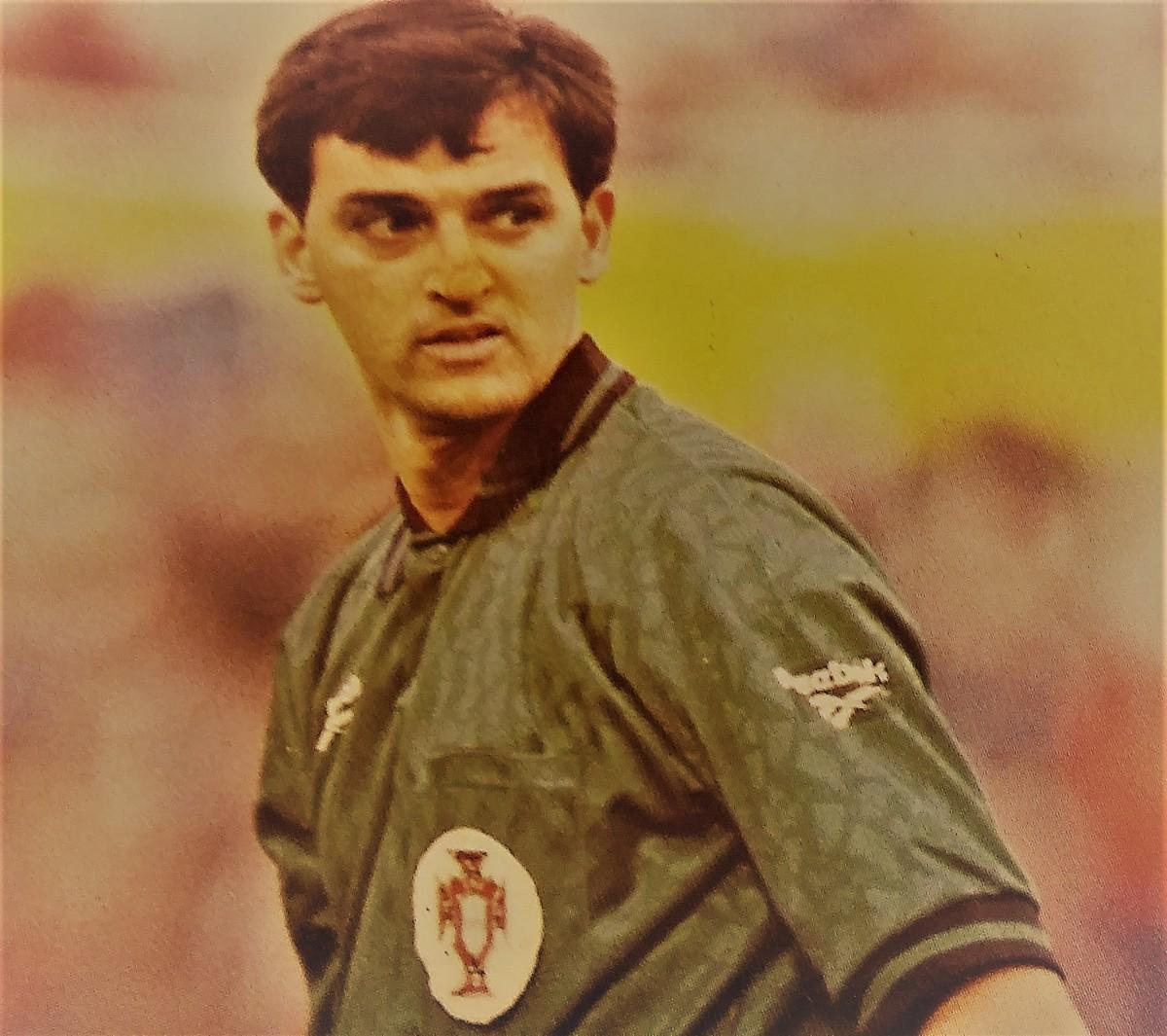 """José Leirós: """"Única prenda que recebi foi um emblema em ouro do Grasshoppers...que perdeu o jogo"""""""