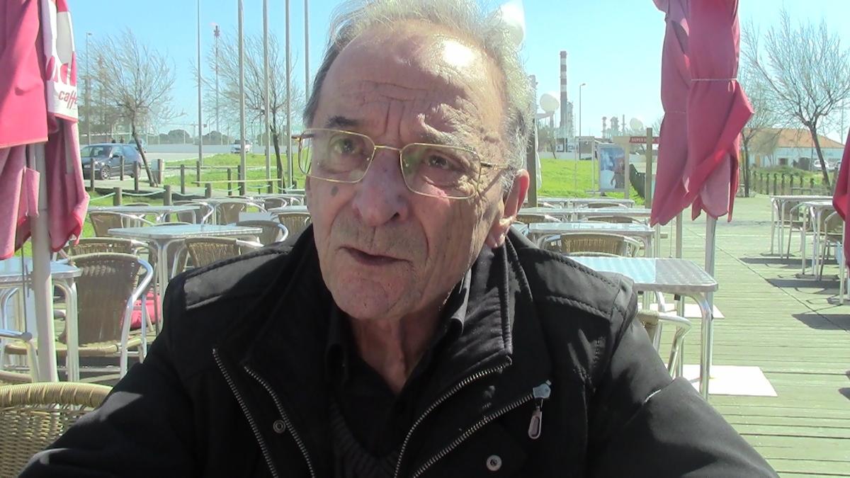"""Jorge Vieira, o dirigente portista que contratou Cubillas: """"Que Nuno não repita o que fez no FC Porto-Benfica, quando quis defender o resultado"""" [vídeo]"""