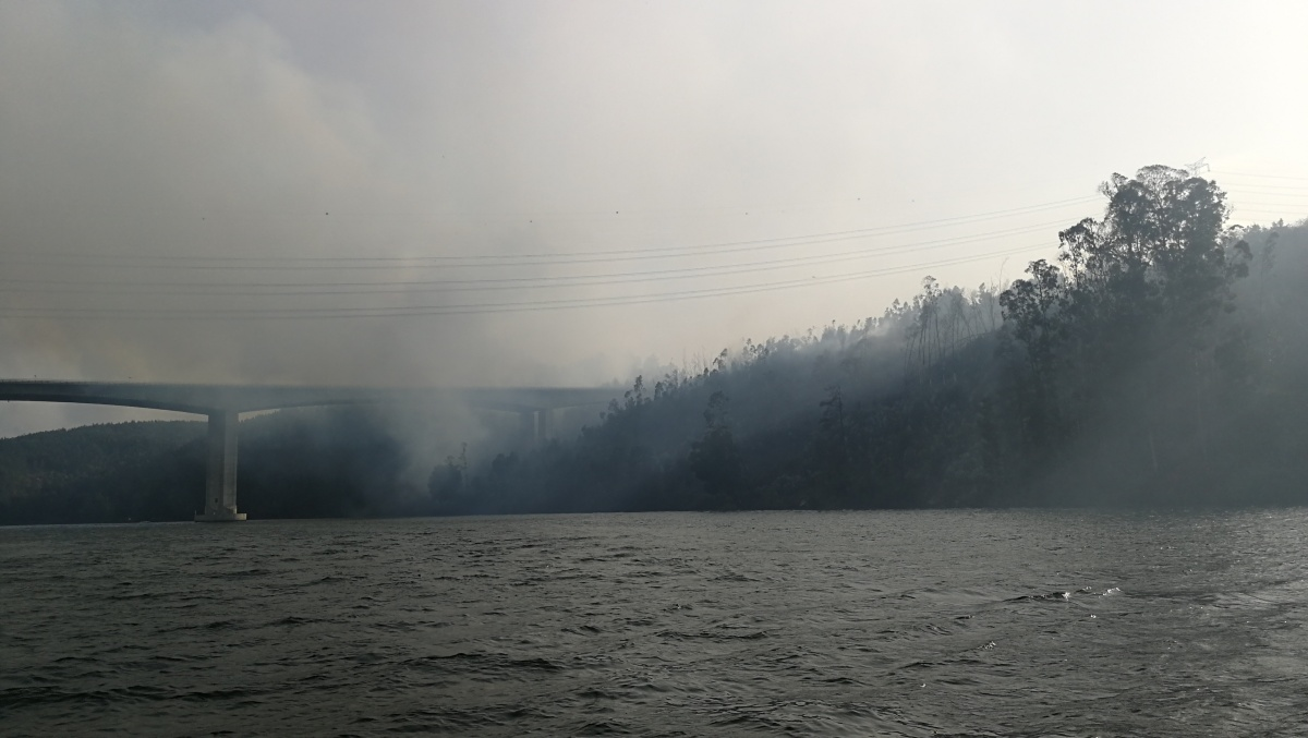 O infernal incêndio da Lomba, no Douro. Imagens exclusivas
