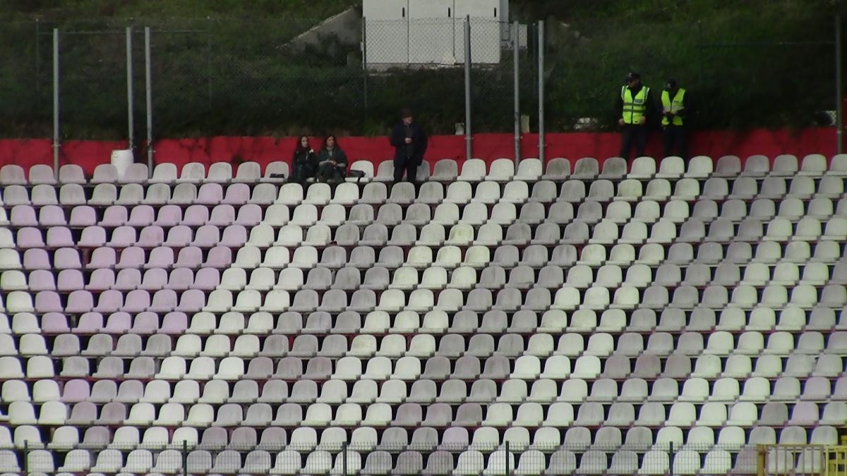 Assim se fez representar o Real Massamá no Estádio do Mar